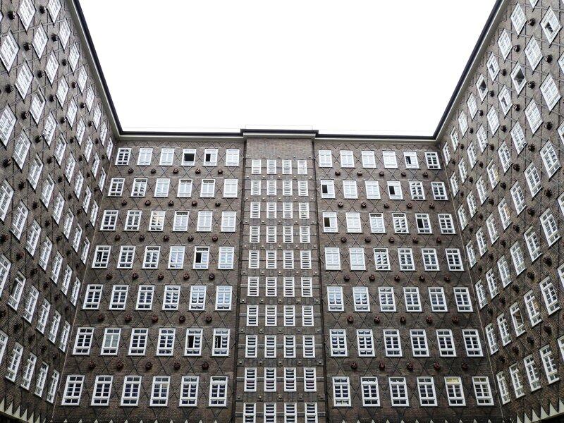 Chilehaus Innenhof ohne c pixabay