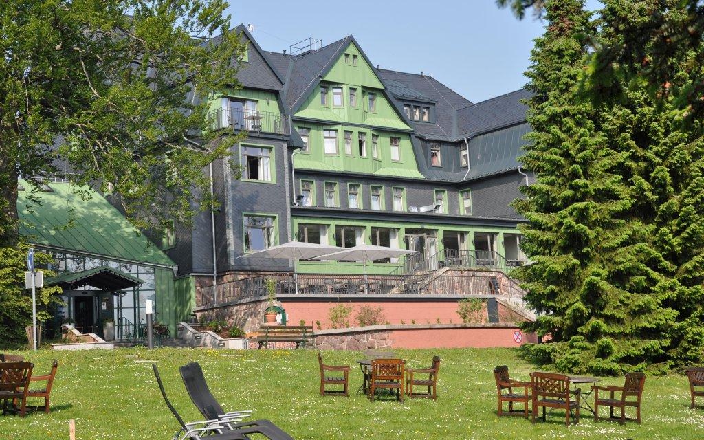 Berg & Spa Hotel Gabelbach Ilmenau Außenansicht