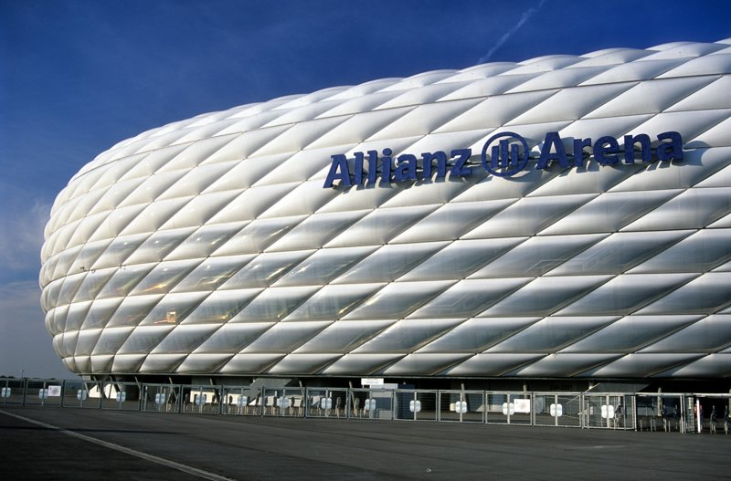 Allianz-Arena in München am Tag