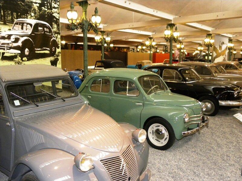Oldtimer Marke Citroen im Automobilmuseum Mulhouse