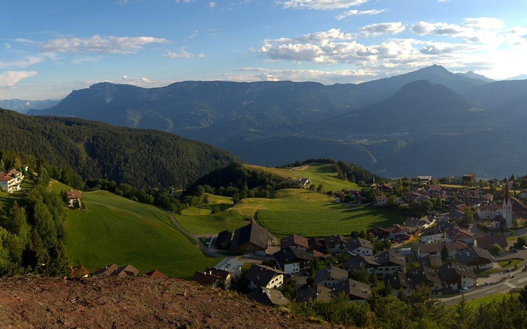 Luftaufnahme von Vöran, Südtirol, Itelien