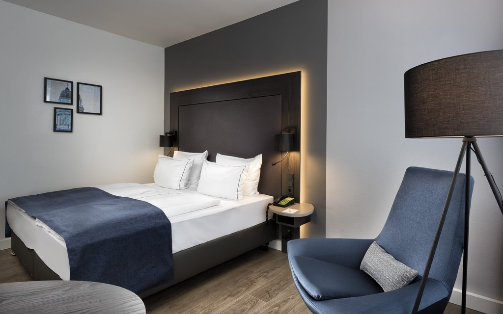 Holiday Inn Berlin City West Zimmer Doppelzimmer