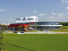 adidas Outletstore 07