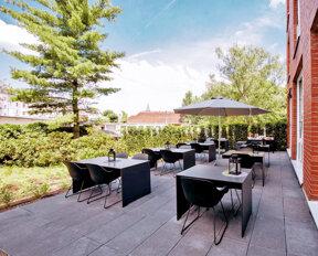 HK Hotel Düsseldorf Terrasse 2019