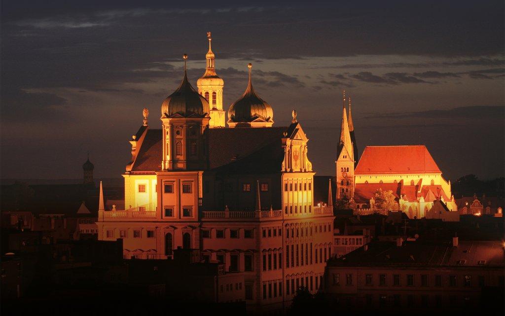 Augsburg Dom bei Nacht