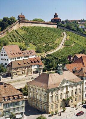 Burg mit Neuem Rathaus@Esslinger Stadtmarketing & Tourismus GmbH