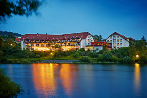 Göbels Seehotel Diemelsee außen (2)