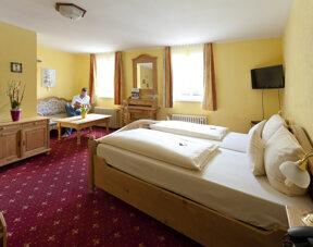 Zimmer 33 Reisen