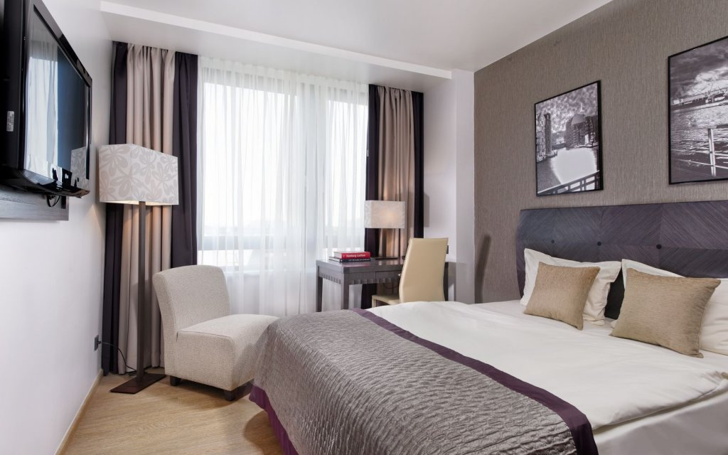 City Hotel Hamburg Mitte Zimmer Doppelzimmer