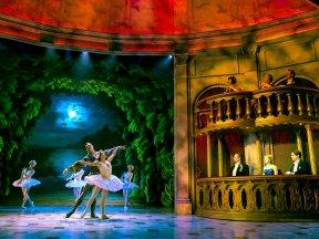 Ballett © Matthew Murphy, Stage Entertainment