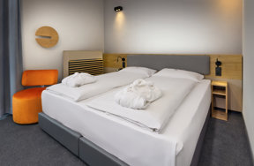 ICH Muenchen rooms superior double room 02
