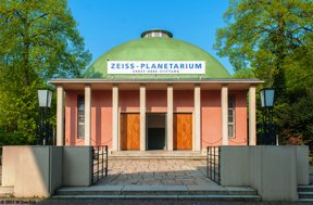 Zeiss-Planetarium Jena c Zeiss Planetarium Jena W. Don Eck