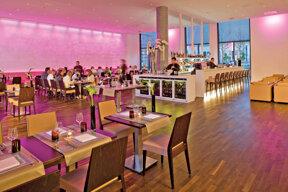 24InnsideDusseldorfDerendorf-BarRestaurant
