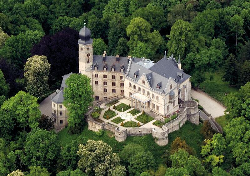 Schloss Callenberg aus der Luftperspektive