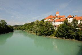 Kloster St. Mang mit Fluss