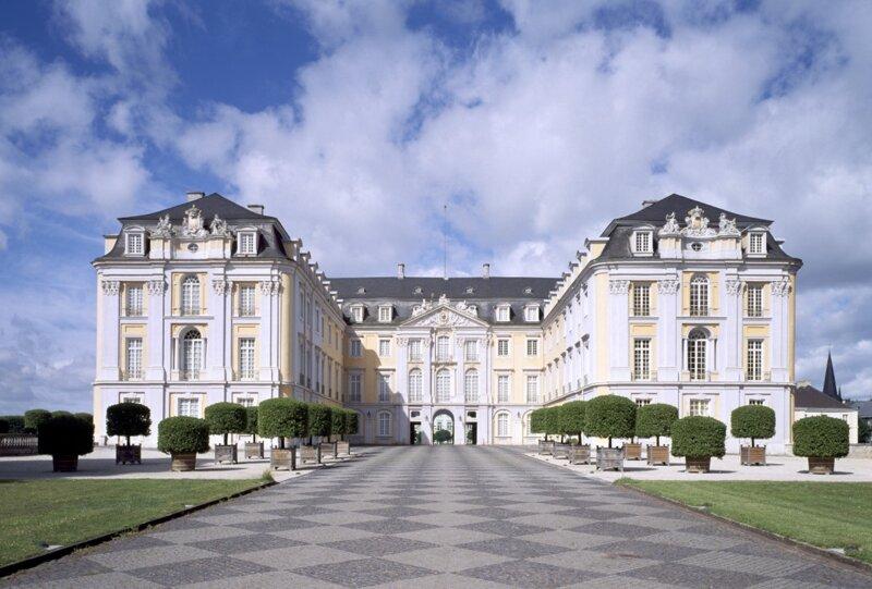 Schloss Augustusburg Hauptansicht