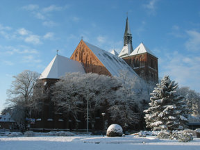 Winter Kirche
