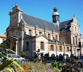 Fontainebleau, Kirche Saint Louis c ville de Fontainebleau