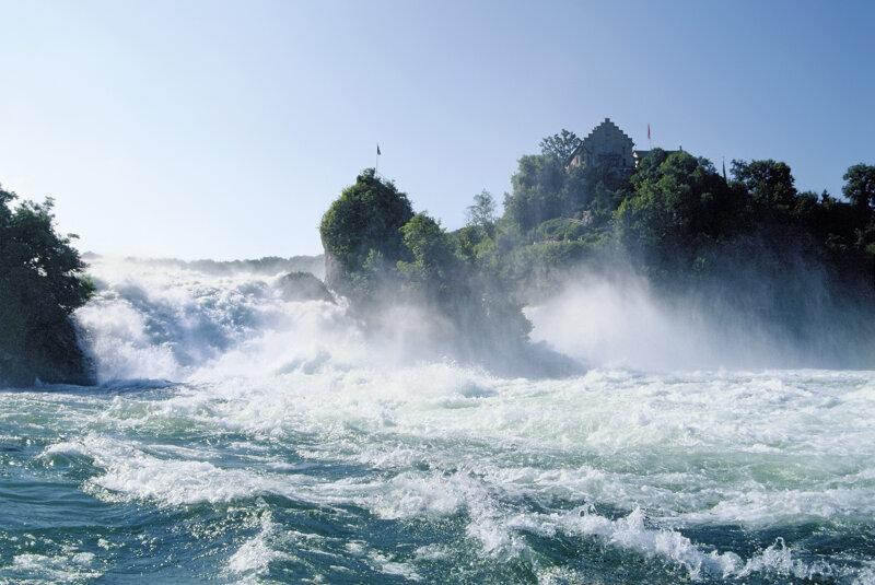 Die wilden Wellen des Rheinfallsd