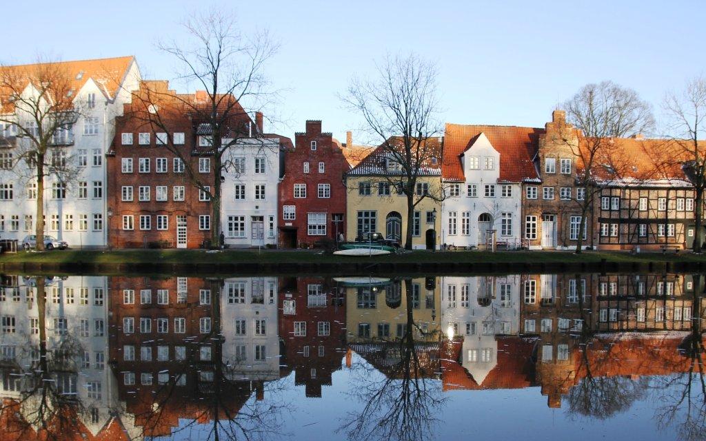 Häuser an der Trave in Lübeck