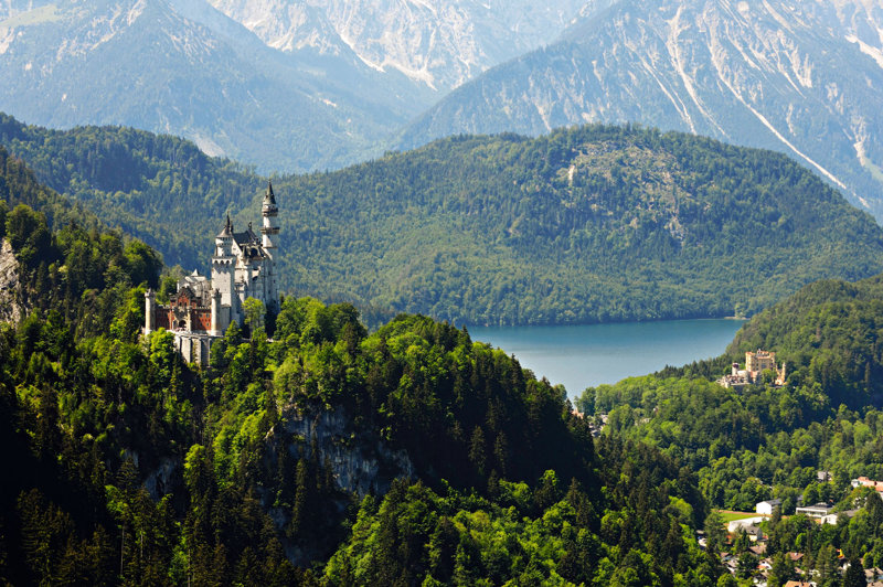 Vogelperspektive auf die Prachtlandschaft Tirols