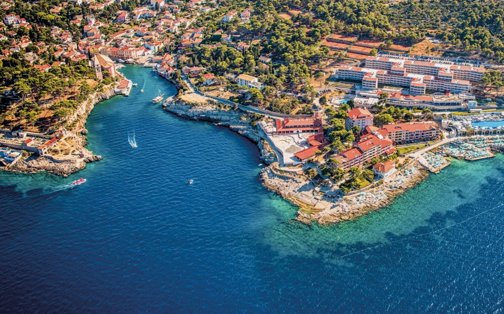 Kroatien Veli Losinj Luftaufnahme