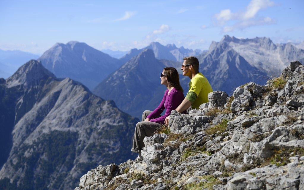 Paar in den Deutschen Alpen
